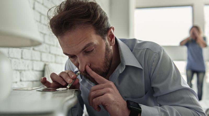 Муж наркоман: что делать?