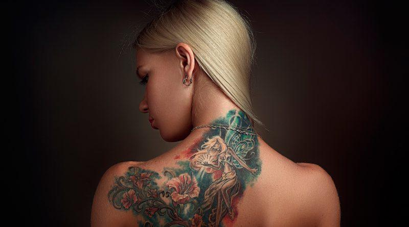Мужской взгляд на женские татуировки