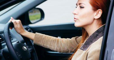 Почему женщины водят машину не так, как мужчины